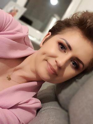 Miała 27 lat, gdy wykryto u niej raka piersi. Nam opowiada o swojej walce