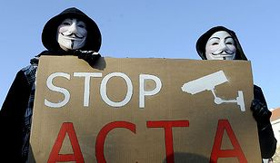 Anonimowi znowu atakują.Tym razem uderzyli w Grecję