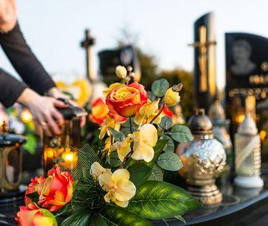 Polacy zastanawiają się, czy można odwiedzać cmentarze (zdjęcie ma charakter ilustracyjny)