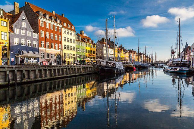 Dania jest pierwszym krajem w Europie, który chce paszportów szczepionkowych