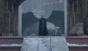 """""""Gra o tron"""" i jej mocno łopatologiczna symbolika w ostatnim odcinku nie przypadła do gustu widzom"""