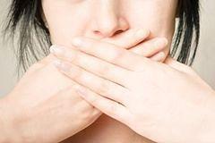 Czy kobietom wypada przeklinać?