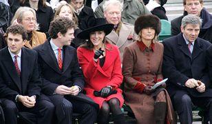 Kate Middleton z rodzicami w Sandhurst