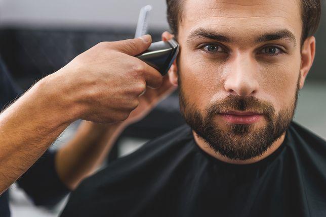Jakie fryzury męskie będą modne na przełomie zimy i wiosny 2021?