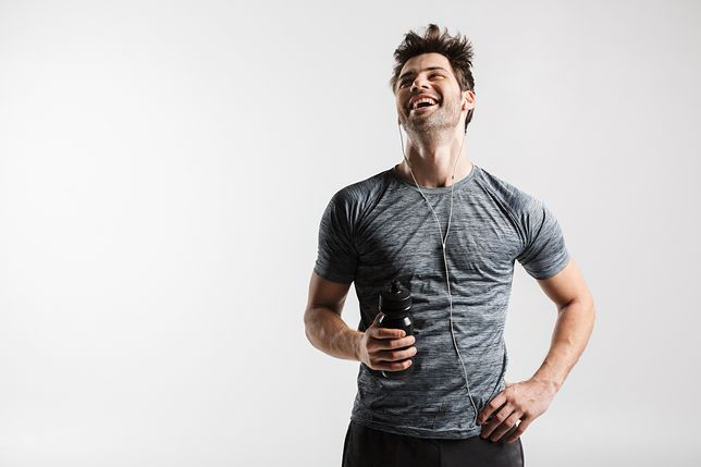 Koszulka termoaktywna męska – jak działa i czy warto ją nosić?