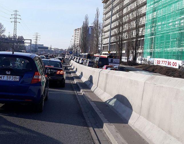 Dlaczego cała Warszawa była dziś zakorkowana? Wyjaśniamy