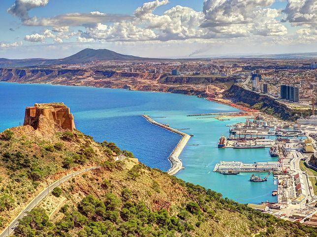 Liczący ok. 600 tys. mieszkańców Oran jest jednym z najpopularniejszych wśród turystów miast w Algierii