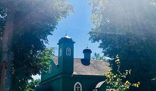W Kruszynianach, najbardziej tatarskiej wsi w Polsce, można u Tatarów zamieszkać, porządnie zjeść i się zaprzyjaźnić