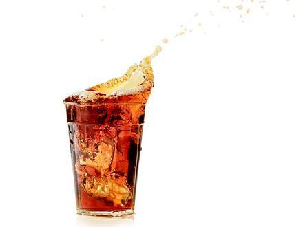 Słodkie napoje grożą cukrzycą