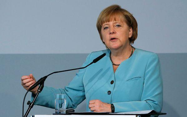 Angela Merkel niezbyt zaniepokojona rosyjskimi samolotami nad Europą, NATO czujne