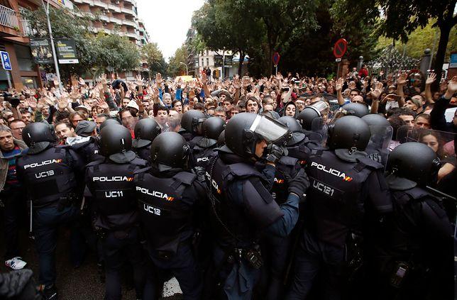 Szef katalońskiej policji oświadczył, że zastosuje się do decyzji władz centralnych.