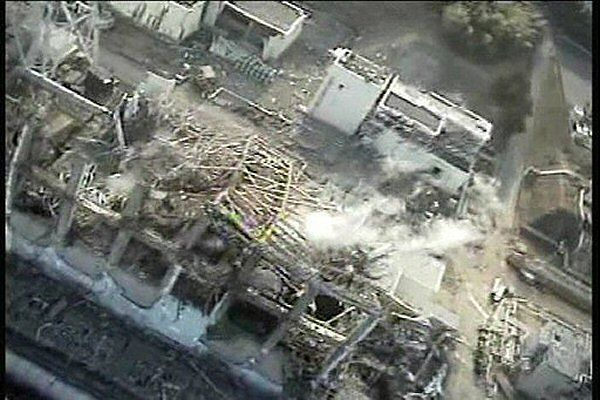 Reaktor nr 3 elektrowni w Fukushimie, 10 kwietnia 2011 r.