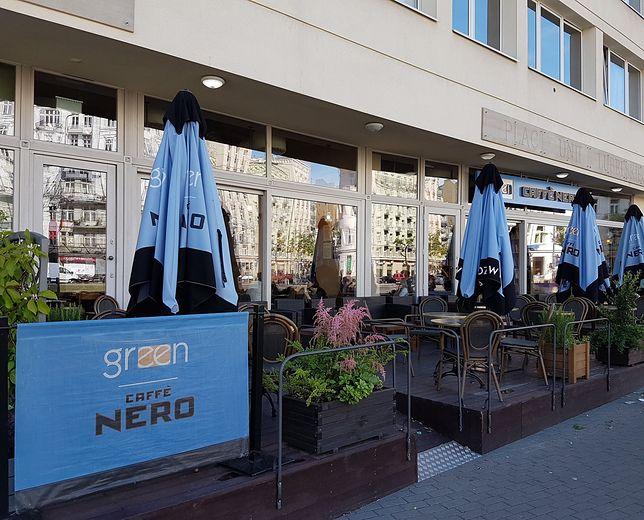 Green Caffe Nero pozostaje zamknięte przez koronawirusa.