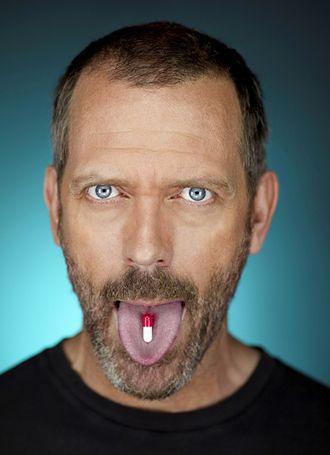 Hugh Laurie: Praca w serialu to jak służba w marynarce