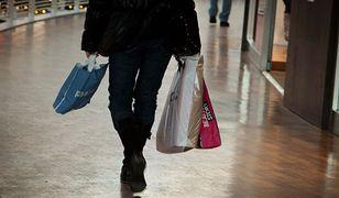 Jamie Stokes: plastikowa torebka i śmieszne wąsy? Polacy rozpoznają się natychmiast