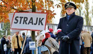 Uczestnik strajku w PLL LOT pilot, kapitan Leszek Grzeszczyk