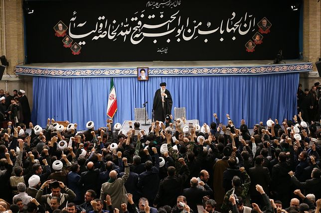 Iran - atak rakietowy na bazy USA. Zapowiedź deeskalacji konfliktu.