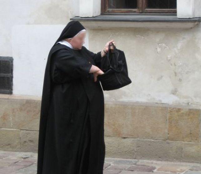 """Siostry zakonne zepsuły najpiękniejszy dzień w jej życiu. """"Pierwszy taki przypadek od 20 lat"""""""