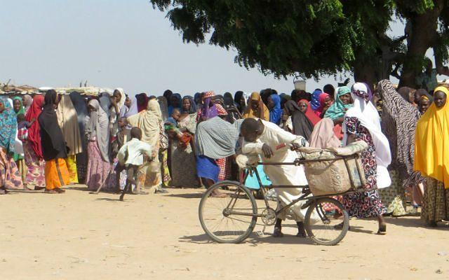 Nigeryjska armia przez pomyłkę bombarduje obóz uchodźców