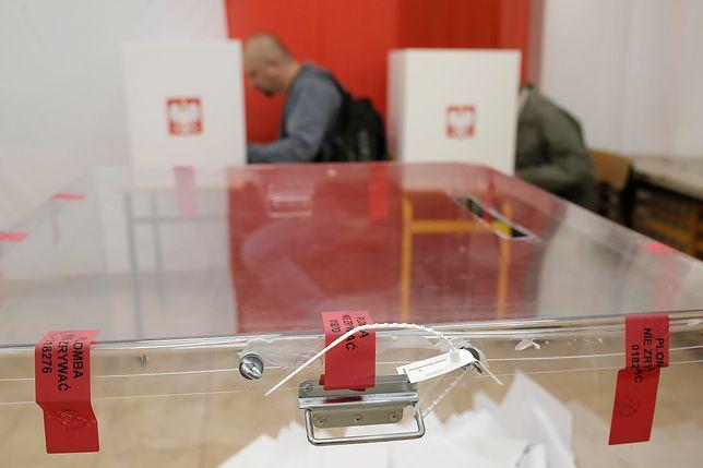 Wybory prezydenckie 2020. Sondaż. Przybywa Polaków, którzy chcą przełożenia terminu wyborów