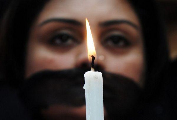 Czarny ekran w proteście przeciw zakazowi emisji filmu o gwałcie w Indiach