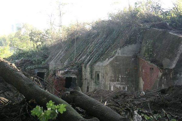 Zrównają z ziemią 100-letni budynek. Powstanie tam osiedle