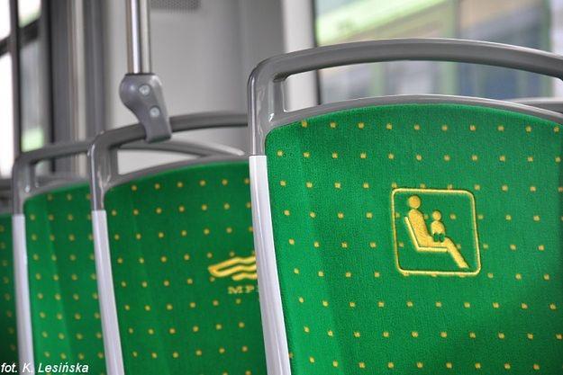 Pasażerowie MPK w Poznaniu sami decydują, na czym chcą siedzieć