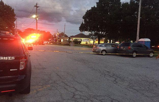 74-latka pomyliła hamulec z pedałem gazu i wjechała w tłum, raniąc 9 osób