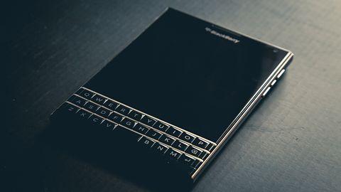 Pięć lat. Tyle zajęło australijskim służbom włamanie się do BlackBerry