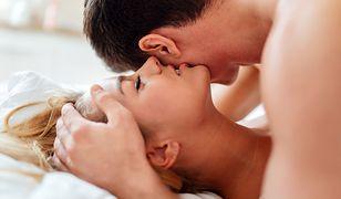 Uprawiaj seks regularnie, a będziesz mądrzejsza. Nauka to potwierdza!