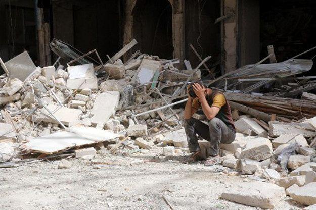 Syria: prawie 70 cywilnych ofiar ataków rządowego i rosyjskiego lotnictwa