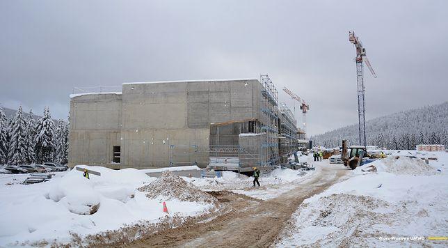 Jakuszyce. Intensywne prace na budowie Dolnośląskiego Centrum Sportu. Inwestycja będzie gotowa w tym roku
