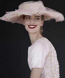 Spektakularne piękno Kobiet Chanel