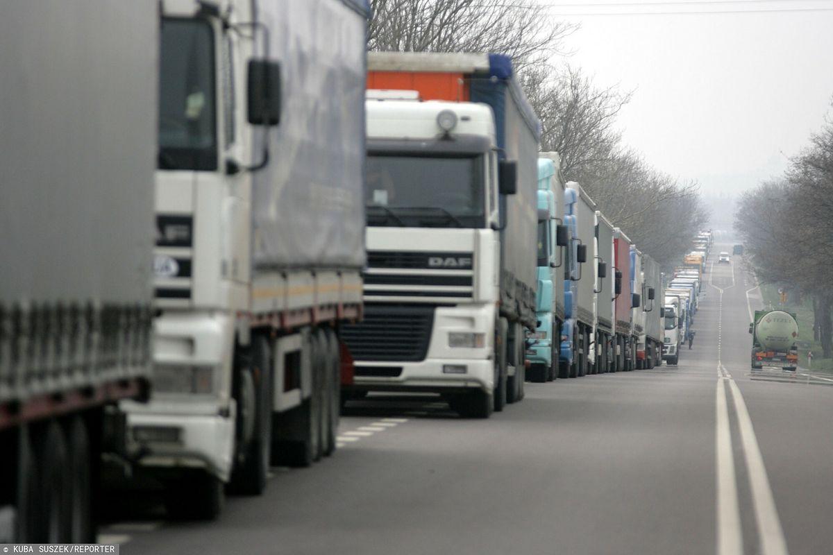 Białoruś. Olbrzymie korki na granicy. Nawet 20 godzin oczekiwania