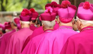 """""""Tylko nie mów nikomu"""". Jaka powinna być reakcja polskiego Kościoła?"""