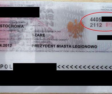 To ostatnie takie dowody osobiste w Polsce. Aż trudno uwierzyć, że są ważne... 100 lat
