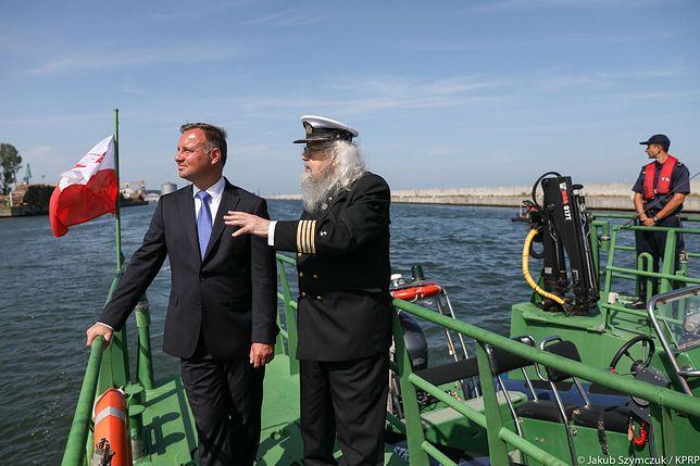 Poniedziałek 29 lipca. Zatoka Gdańska. Prezydent w towarzystwie kpt. Zbigniewa Sulatyckiego