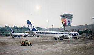 Koronawirus w Polsce. Samolot ze sprzętem medycznym z Chin wylądował na Okęciu.