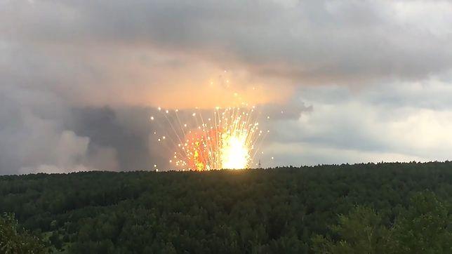 Rosja. Pożar w składzie amunicji na Syberii