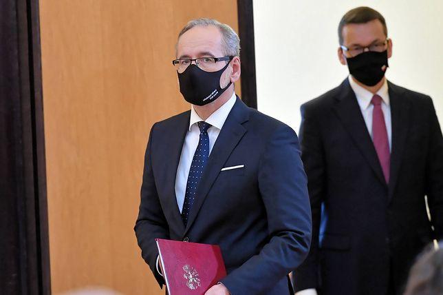 Rząd znosi obostrzenia: zmienione limity. Konferencja premiera Morawieckiego i ministra Niedzielskiego