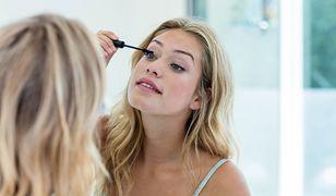 Zadbana skóra wokół oczu i dobry tusz to podstawa wypoczętego wyglądu