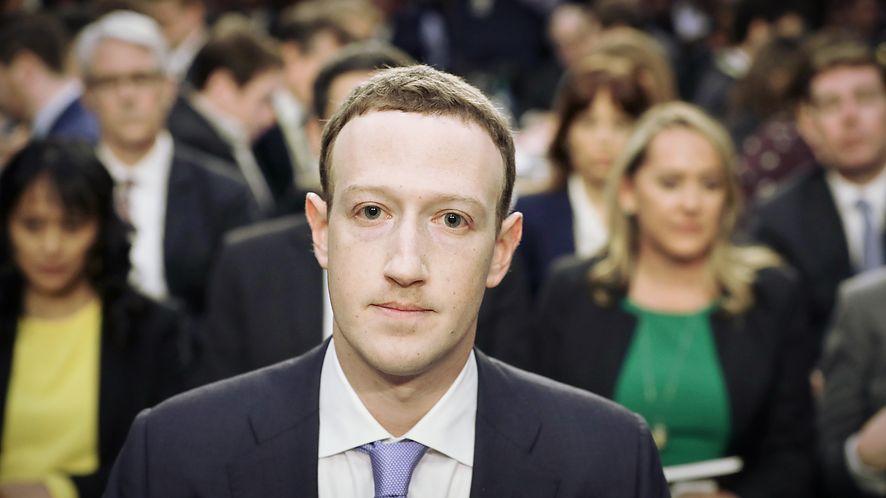 Mark Zuckerberg pod ostrzałem, nawet własnych pracowników, fot. Chip Somodevilla/Getty Images