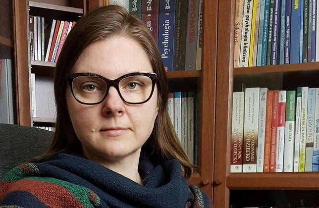 """""""Końca nie widać"""". Psycholog Joanna Żółkiewska tłumaczy, jak wytrwać w przedłużającej się izolacji"""