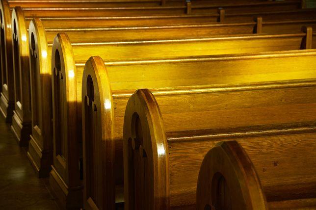 Coraz mniej katolików chodzi do kościoła. Najnowsze statystyki mogą zaskoczyć