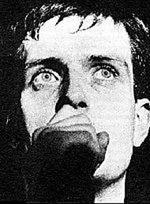 Ruszyły zdjęcia filmowej biografii tragicznie zmarłego wokalisty Joy Division