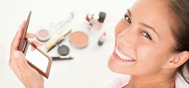 Baza pod makijaż przedłuża trwałość makijażu.