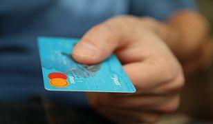 Nowe technologie w bankowości. Bankomaty skanujące oczy to nieodległa przyszłość