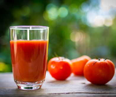 Sok pomidorowy w trakcie gorących dni to dobry pomysł