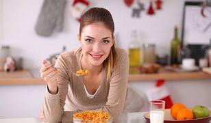 Dłuższa nocna przerwa między posiłkami - niższe ryzyko raka piersi