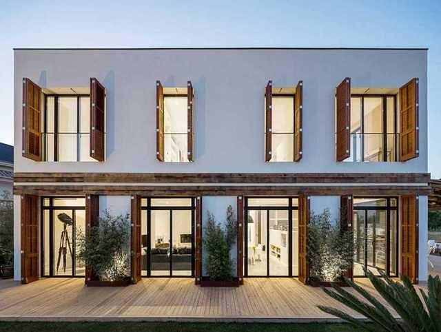 Nowoczesne domy z dużymi oknami
